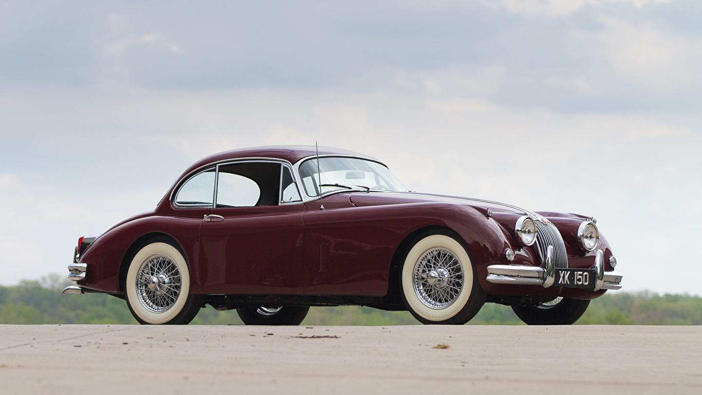 Фотографии 1958-61 Jaguar XK150 Fixed Head Coupe темно красный Металлик Автомобили 1366x768 Ягуар Бордовый бордовые бордовая авто машина машины автомобиль