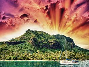 Фотография Французская Полинезия Тропики Горы Речка Парусные Небо Яхта Облачно Природа
