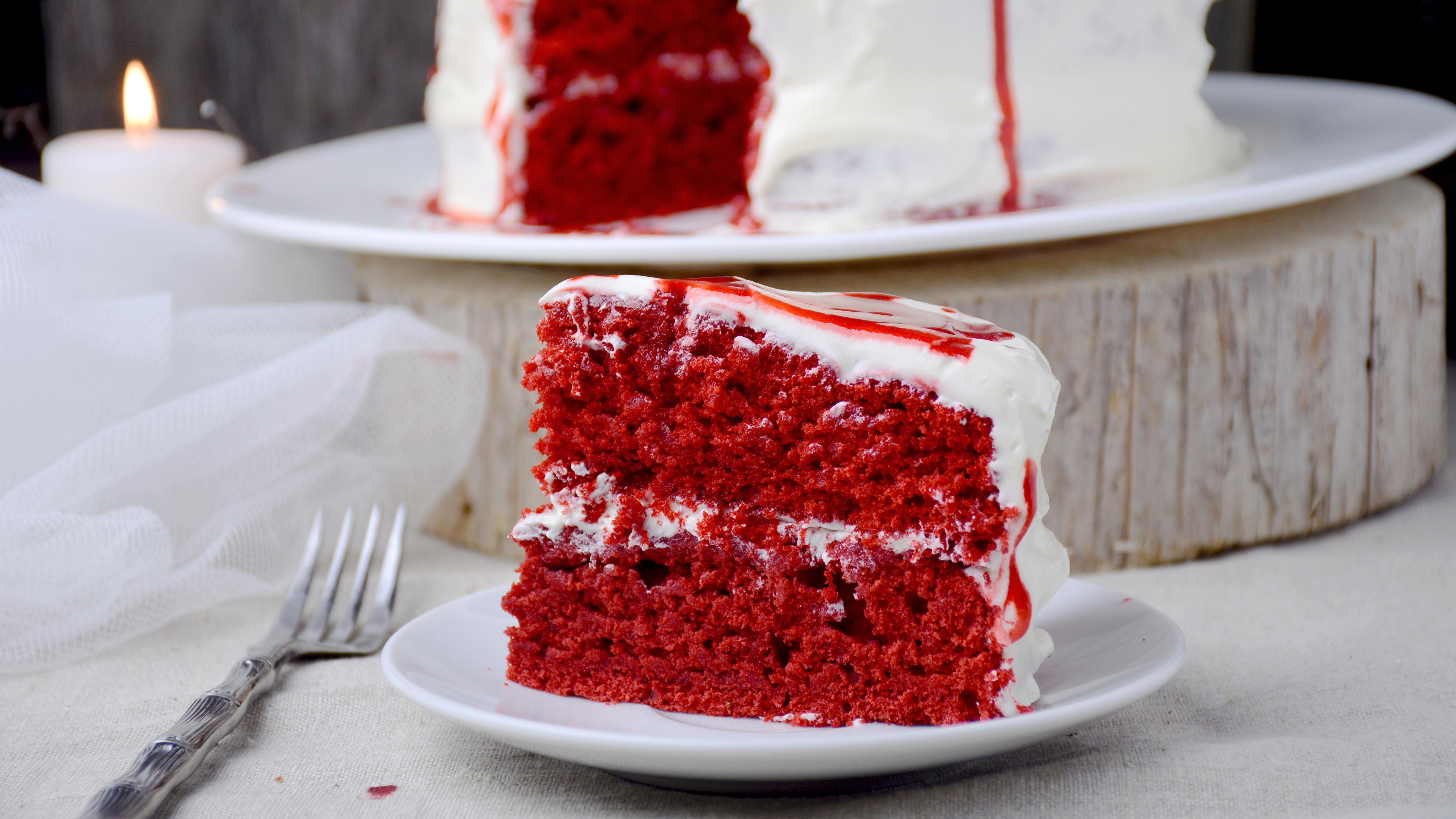 Картинки Торты красных кусочки Продукты питания 3840x2160 Красный красные красная часть Кусок кусочек Еда Пища