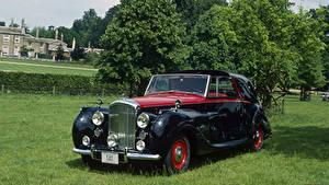 Картинки Bentley Ретро Черный Металлик 1949 Mark VI Sedanca Coupe by Gurney Nutting Автомобили