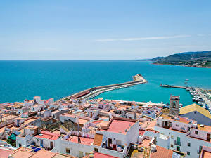 Картинки Испания Здания Море Причалы Peniscola Города