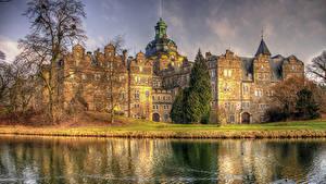 Картинка Германия Замки Речка Castle Bueckeburg Природа