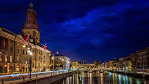 Фото Швеция Здания Реки Небо Ночные Уличные фонари Водный канал Gothenburg Города
