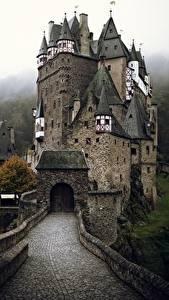 Картинки Замки Германия Eltz Castle