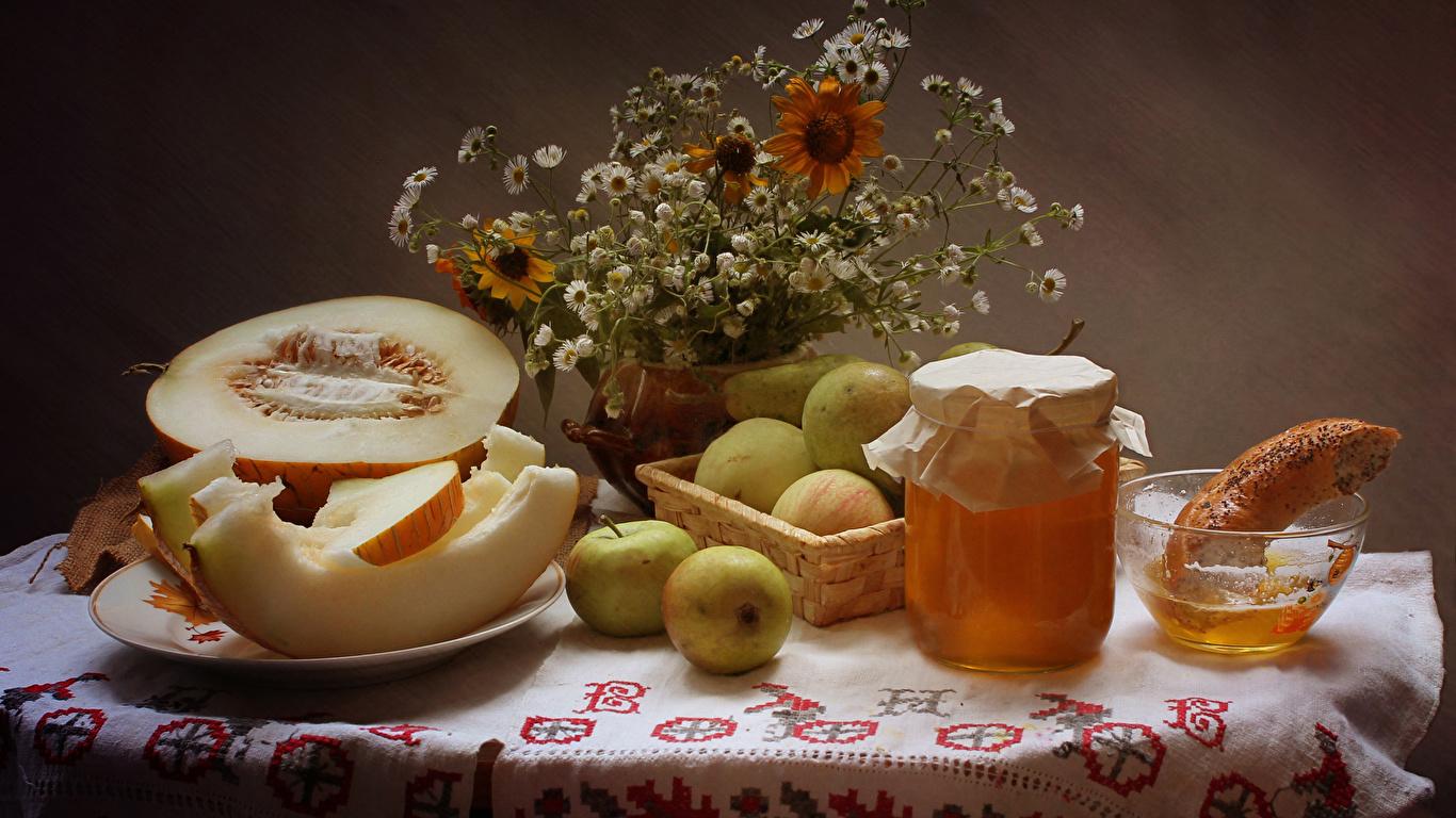 Обои для рабочего стола Мед Дыни банки Яблоки Пища Натюрморт 1366x768 Банка банке Еда Продукты питания