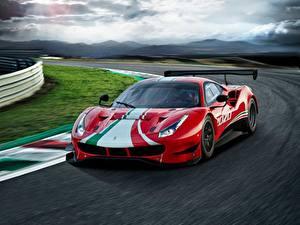 Фотографии Ferrari Едущий Красный 488, GT3, Evo