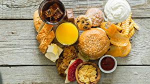 Картинки Бутерброд Хлеб Картофель фри Доски Сердце Чипсы
