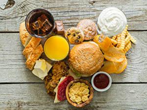 Картинки Бутерброд Хлеб Картофель фри Доски Сердце Чипсы Пища