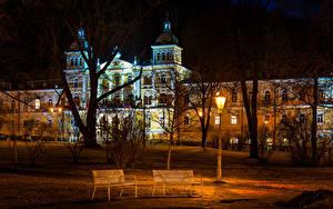 Фотография Чехия Здания Уличные фонари Скамейка Ночь Деревья Usovice Karlovy Vary Region Города