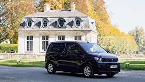 Фотографии Peugeot Фиолетовый Металлик 2018-19 Partner Worldwide Машины