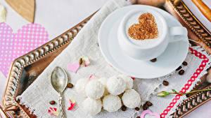 Картинки День святого Валентина Кофе Сладости Конфеты Чашка Зерна Сердечко Продукты питания