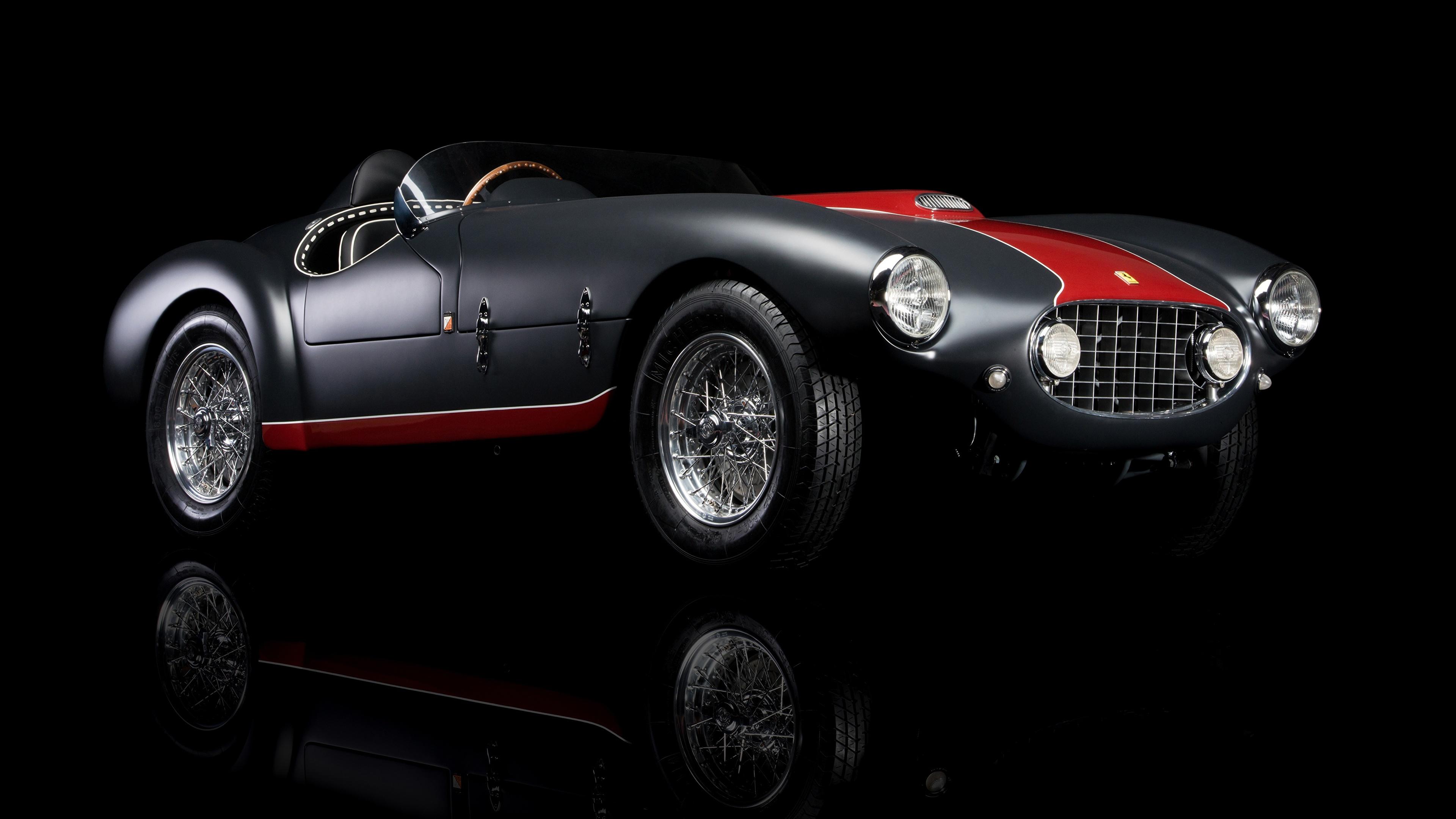 Картинки Ferrari 1953 Classic 166 MM/53 Spyder старинные автомобиль Черный фон 3840x2160 Феррари Ретро Винтаж авто машина машины Автомобили на черном фоне