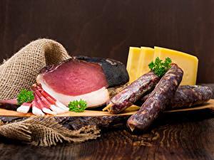 Фотография Мясные продукты Ветчина Колбаса Сыры Пища