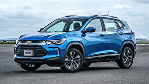 Фото Chevrolet Голубых Металлик 2020 Tracker Premier машина