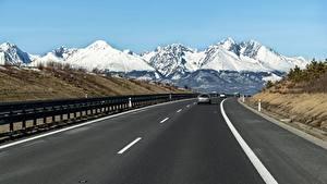 Обои для рабочего стола Словакия Гора Дороги Снега Асфальт Tatra mountains Природа