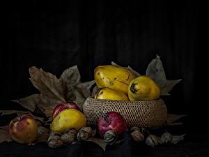 Обои Фрукты Яблоки Орехи Листва Еда