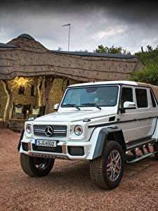 Картинки Mercedes-Benz Тюнинг Белый 2017 Maybach G 650 Landaulet Worldwide