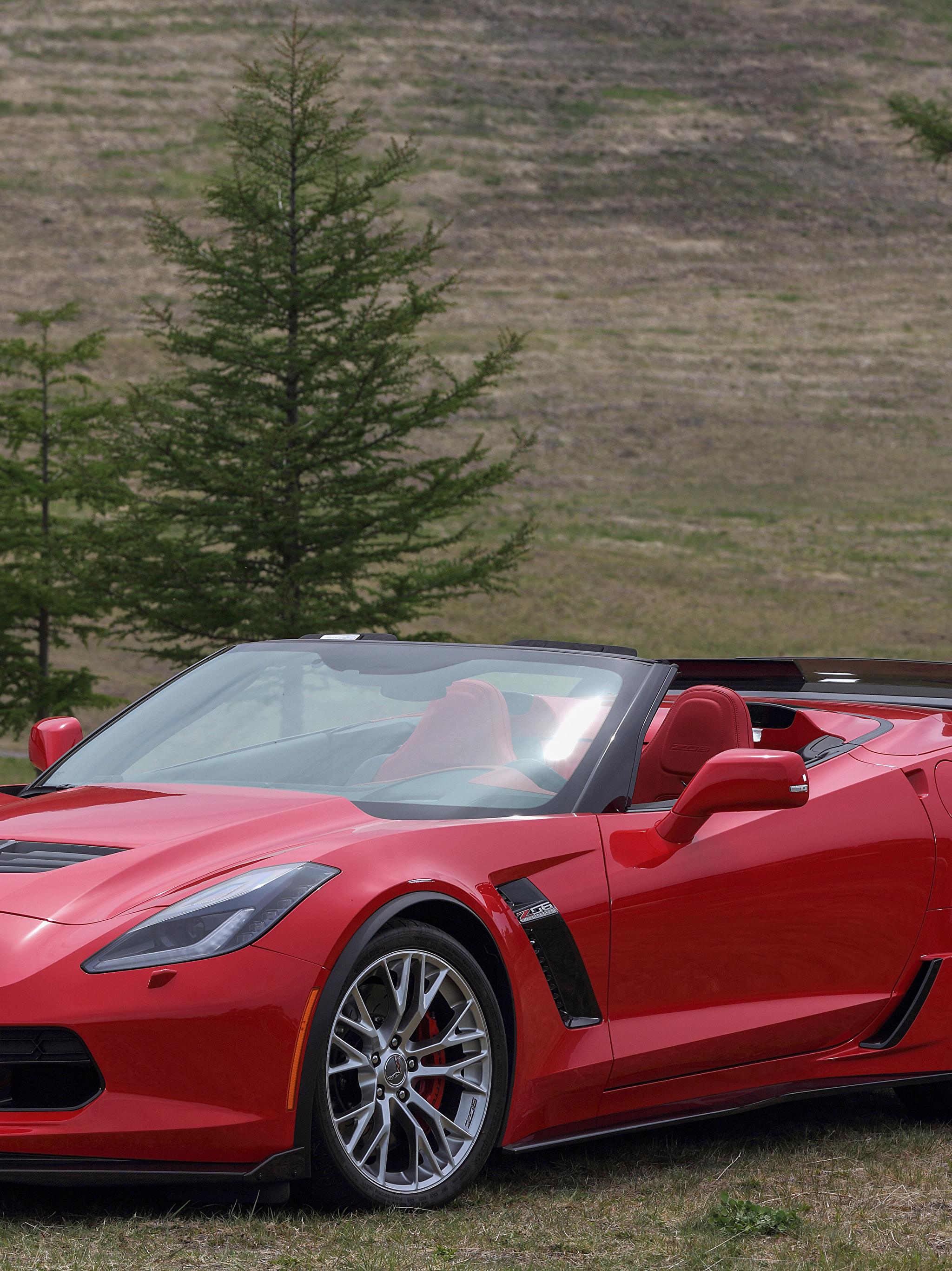 Фотографии Chevrolet 2015–17 Corvette Z06 Кабриолет Красный Авто Металлик 2048x2732 Шевроле Машины Автомобили