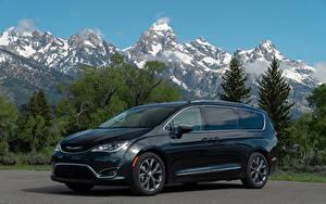 Картинки Chrysler Синих Металлик 2017–19 Pacifica Limited