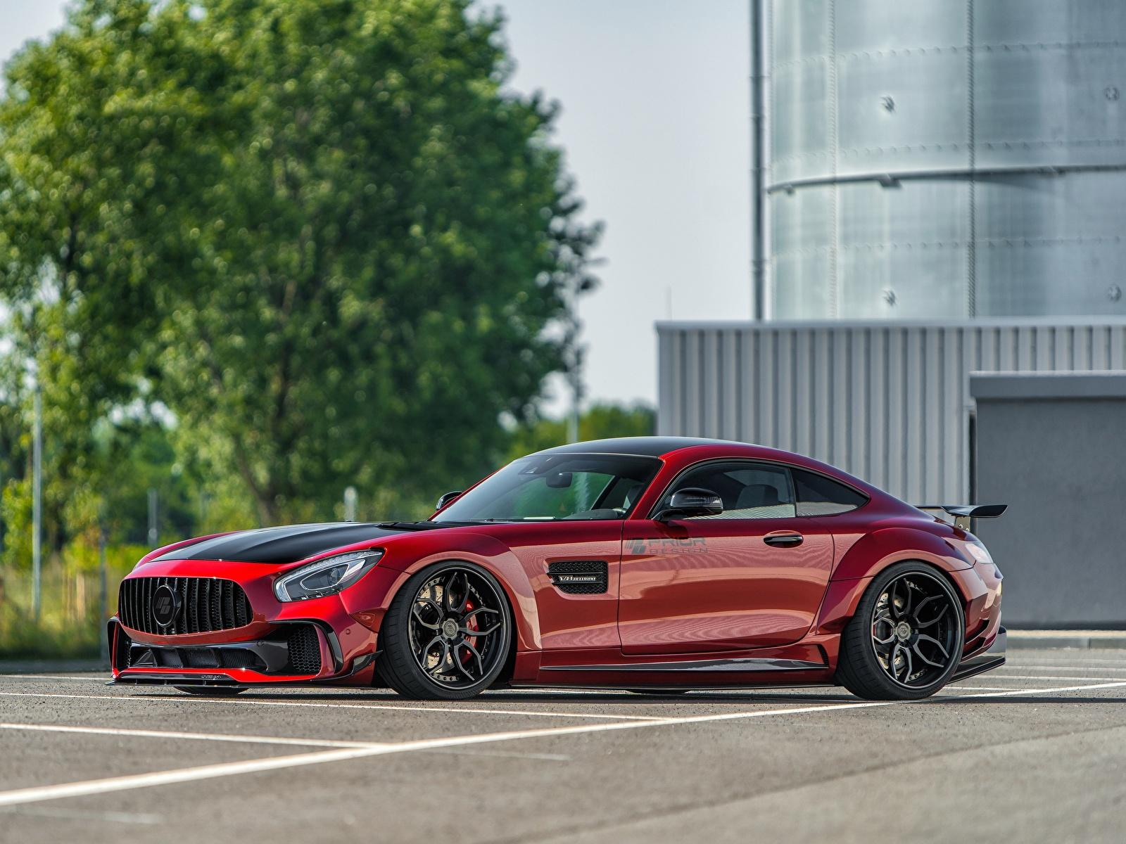 Фотографии Мерседес бенц AMG GT красных Сбоку машины Металлик 1600x1200 Mercedes-Benz красная красные Красный авто машина Автомобили автомобиль
