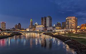 Обои США Здания Речка Мост Вечер Уличные фонари Columbus Ohio Города