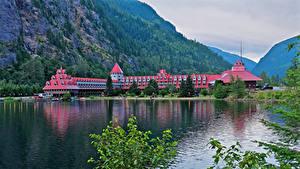 Фото Канада Горы Озеро Отель Ветка Three Valley Lake Chateau British Columbia