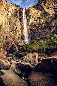 Фотография США Парки Водопады Камень Калифорния Йосемити Утес Природа