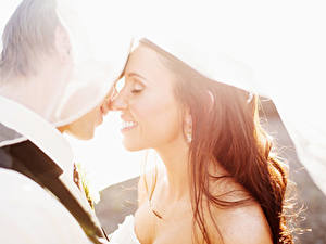 Фото Любовники Мужчины Свадьба Жених Невеста Шатенка Улыбка 2 Девушки