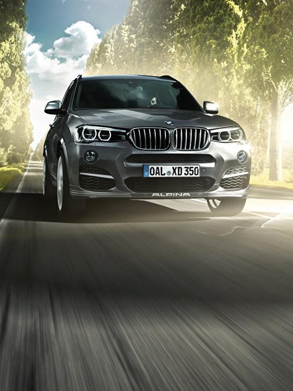 Картинки BMW 2014 F25 XD3 Bi-Turbo Серый Движение Спереди Автомобили 600x800 для мобильного телефона БМВ серая серые едет едущий едущая скорость авто машины машина автомобиль