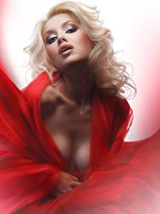 Картинка Блондинка Смотрит Лицо Девушки