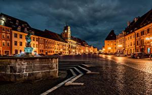 Фотографии Чехия Дома Фонтаны Улица Ночные Уличные фонари Cheb Karlovy Vary Region