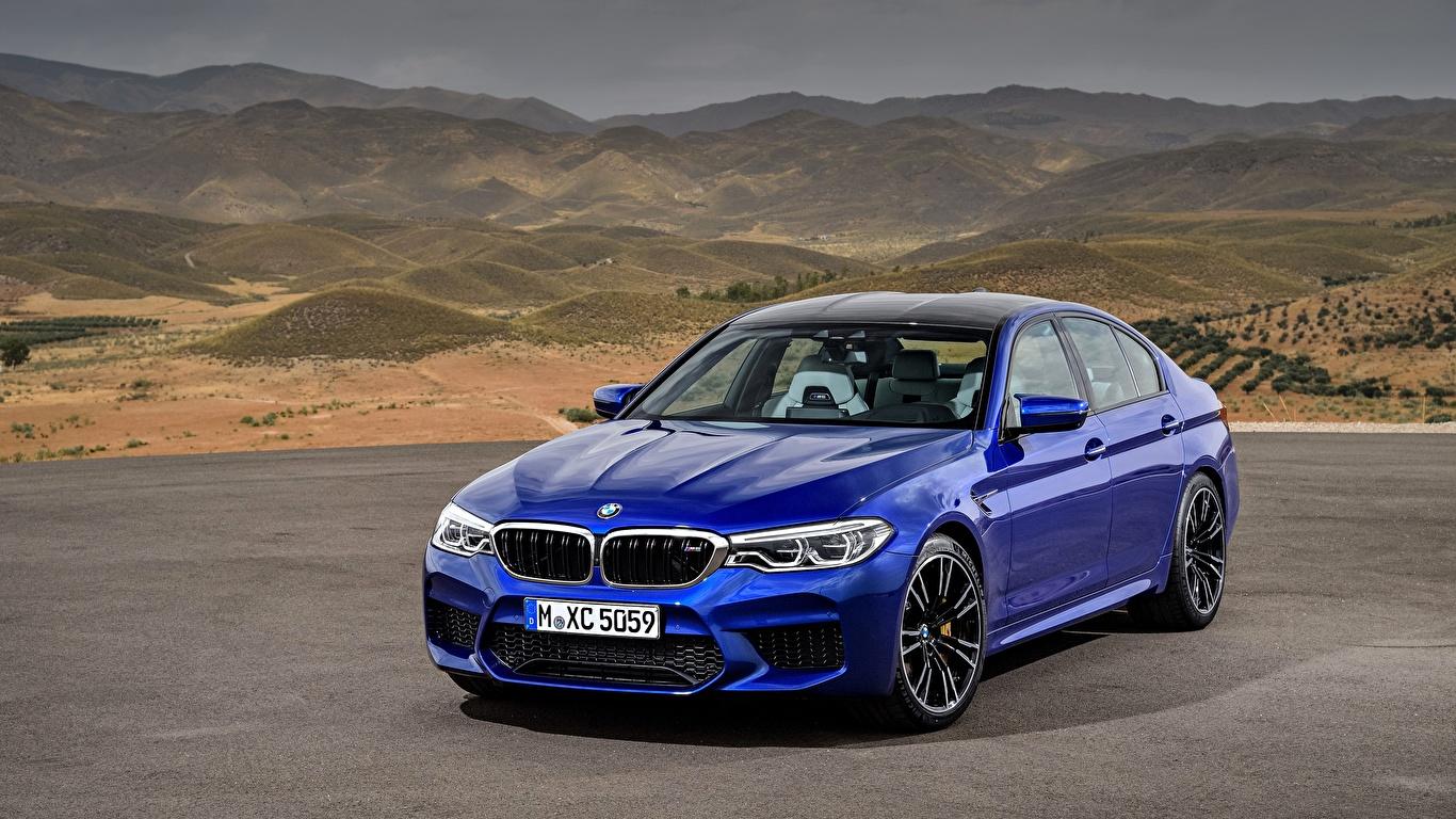 Фотография BMW M5 2017 M5 F90 синих Автомобили 1366x768 БМВ синяя синие Синий авто машины машина автомобиль