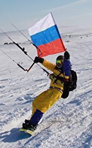 Картинки Россия Зима Флаг Снег Kitesurfing Спорт