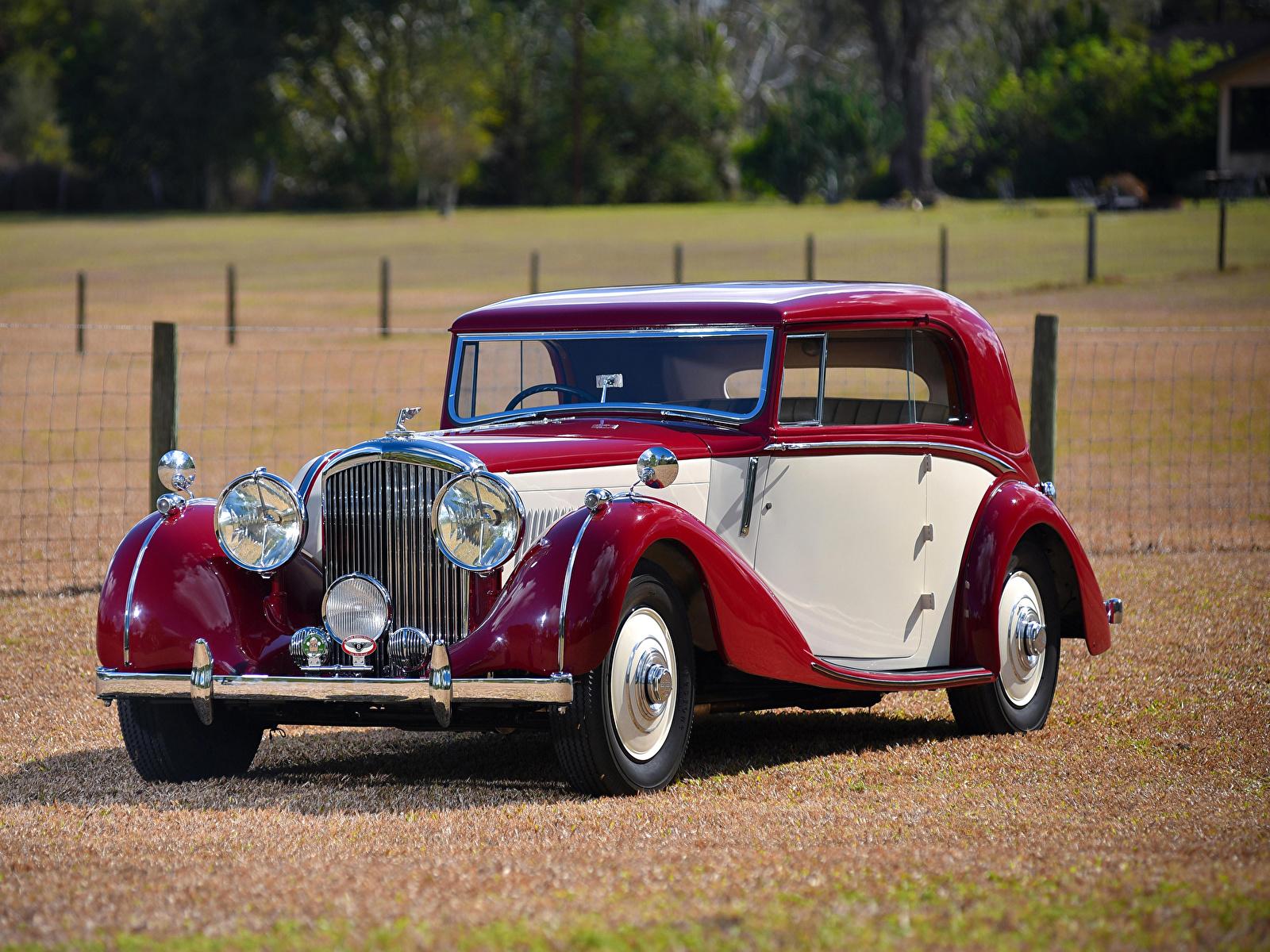 Картинка Бентли 1939 4 ¼ Litre Coupe by Park Ward винтаж Металлик Автомобили 1600x1200 Bentley Ретро старинные авто машины машина автомобиль