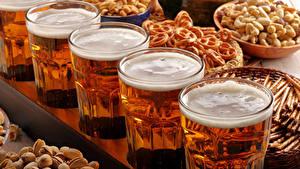 Обои Напитки Пиво Орехи Выпечка Стакана Пеной Еда