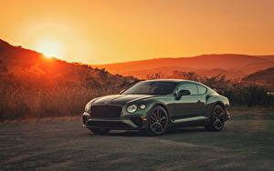 Картинка Бентли Зеленый Металлик 2020 Continental GT V8 Автомобили