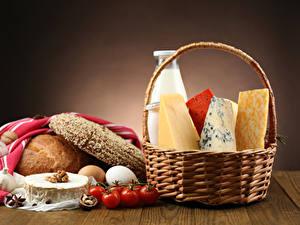 Обои Хлеб Сыры Молоко Томаты Орехи Корзинка Еда