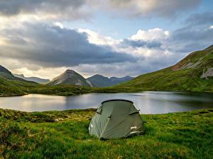Обои Шотландия Горы Озеро Палатка Трава