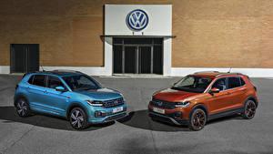 Фотография Volkswagen Двое Металлик 2019 T-Cross Автомобили