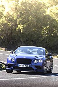 Обои для рабочего стола Bentley Дороги Движение Синий Спереди continental gt supersport 2018 машины