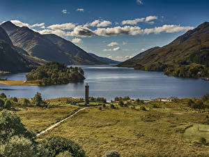 Картинки Шотландия Пейзаж Горы Озеро Побережье Облака Glenfinnan Природа