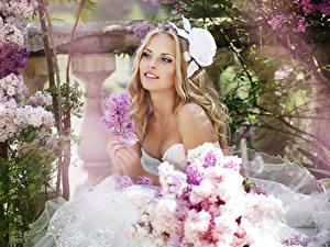 Фото Сирень Блондинок Улыбка Невеста Красивый Девушки