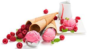 Фотографии Сладости Мороженое Малина Белый фон Шар Еда