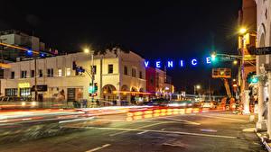 Фото Штаты Здания Дороги Калифорнии Ночные Уличные фонари Улице Venice Beach город