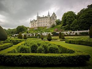 Фотографии Замок Шотландия Кусты Дизайн Sutherland Dunrobin Castle город