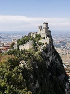 Картинка Горы Замки Утес Castle Of San Marino, Republic Of San Marino Города
