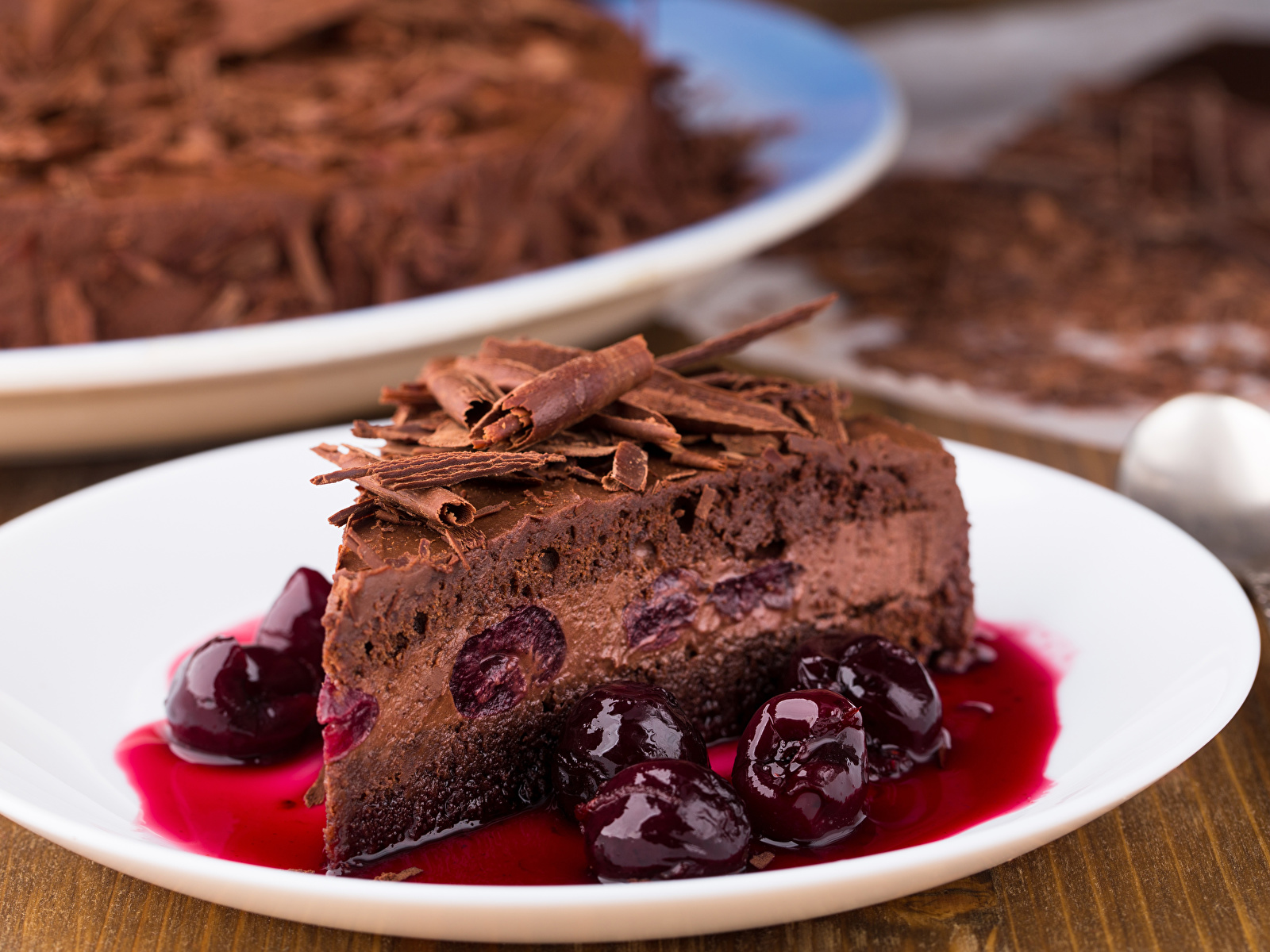 Картинки Шоколад Торты Кусок Вишня Пища 1600x1200 часть кусочки кусочек Черешня Еда Продукты питания