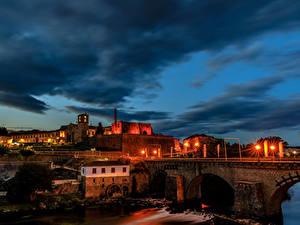 Обои Португалия Здания Мосты Ночь Уличные фонари Barcelos город