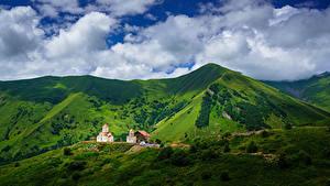 Картинки Небо Горы Церковь Грузия Облако Gudauri, Mtskheta-Mtianeti, Amaglebis Church