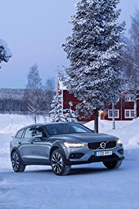 Фотография Volvo Зима Металлик 2018-19 V60 T5 Cross Country Машины